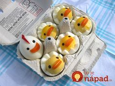 Cute Deviled Egg Chicks for an Easter Spring Table – and Bunny Butt Cupcakes and Bunny Rabbit Cake for a Sweet Ending Cute Food, Good Food, Funny Food, Awesome Food, Cute Egg, Rabbit Cake, Bunny Rabbit, Snacks Für Party, Chicken Eggs