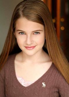 Monk - Julie Teeger is Natalie's teenage daughter. - Mary Elizabeth Clarke (born September 25, 1991 in Mineola, New York), better known as Emmy Clarke, is an American actress.