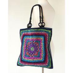 Really Cool Crochet Handbag ~ Inspiration! #crochet #handbag