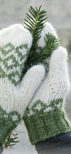 I need to learn to knit mittens