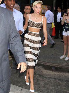 Miley Cyrus é tão polêmica quanto estilosa. Acredite.