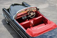 1965 MERCEDES 300SE CAB RHD With over 10 years in restoring and selling classic Mercedes, Palm Beach Classics willprovide you with the highest services quality.