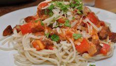 Spaghetti med chorizo i tomatsaus – Famous Last Words Mexican Dinner Recipes, Cuban Recipes, Food Goals, Latin Food, Empanadas, Tostadas, Chorizo, Enchiladas, Spaghetti