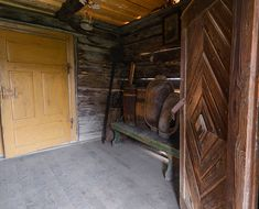 adelaparvu.com despre case din lemn maramuresene, case restaurate Maramures, Breb, Foto Dragos Asaftei (21) Old Houses, Traditional, Romania, Interior, Design, Houses, Pictures, Indoor, Old Homes