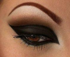 Gorgeous Arabic makeup Cat Eye Makeup, Love Makeup, Makeup Tips, Beauty Makeup, Makeup Ideas, Makeup Trends, Gorgeous Makeup, Makeup Geek, Star Makeup