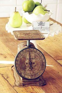 kitchen scale vintage