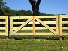 4 Rail Horse Fence.  Like the gate on this.  27 Cheap DIY Fence Ideas for Your Garden, Privacy, or Perimeter