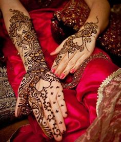 Lastest Designs Of Mehndi For Hands and Feet For Women