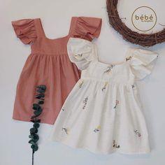 Frocks For Girls, Little Girl Outfits, Little Girl Fashion, Little Girl Dresses, Kids Outfits, Fashion Design For Kids, Kids Fashion, Kids Dress Wear, Baby Girl Dress Patterns