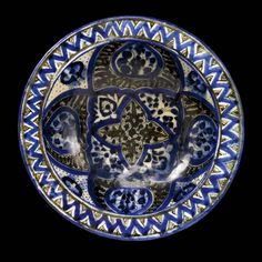 A Mamluk period blue, black and white large bowl, probably Syria or Egypt, 14/15th century