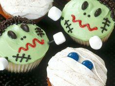 Halloween-Rezepte sind für die perfekte Party natürlich ein Muss! Stöbern Sie sich durch unsere kreativen Halloween-Rezepte und lassen Sie sich inspirieren!