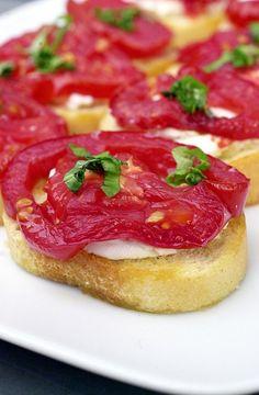 roasted tomato goat cheese bruschetta