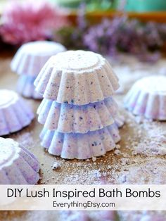 DIY Lush Inspired Bath Bombs - Great gifts for the holidays! EverythingEtsy.com #diy #gift