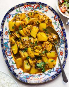 Cape Malay Chicken Curry with Onion and Tomato Sambal — The Daley Plate South African Curry Recipe, South African Recipes, Ethnic Recipes, Mexican Recipes, Peach Chutney, 15 Minute Meals, Curry Recipes, Healthy Recipes, Kitchen Recipes