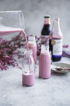 Barker's blackcurrant chia nourish shake.