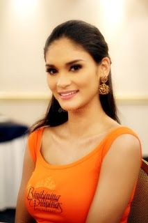Miss Universe Pia Wurtzbach | THE WEB MAGAZINE