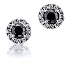 Halo earrings in 18K white gold, 2 central brilliant-cut black diamonds (4.39mm+4.48mm; 0.77ct) surrounded by 24 white brilliants (1.50mm; 0.37ct tw). • Authentic precious gemstones • Sophisticated design • The highest-quality at the right price