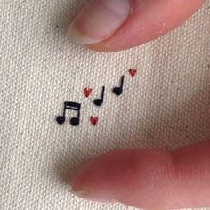 50 Simple DIY Embroidery Shirt Designs that will help you with the han .- 50 einfache DIY Stickerei Shirt Designs, die Sie mit der Hand tun können 50 simple DIY embroidery shirt designs that you can do by hand - Diy Embroidery Shirt, Diy Embroidery Designs, Hand Embroidery Stitches, Embroidery Art, Cross Stitch Embroidery, Geometric Embroidery, Hand Stitching, Ribbon Embroidery, Embroidery On Clothes