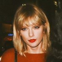 Taylor Swift Hair, Taylor Alison Swift, Loki, Ms, Queens, Taylor Swift Hairstyles, Thea Queen, Curls