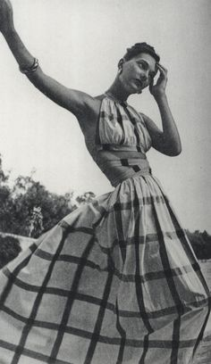 Images sourced from House of White Bridal, Sweet Jane Vintage (consisting of scans from Claire McCardell: Redefining Modernism by Kohle Yohannan), . Claire Mccardell, Fashion Moda, 1940s Fashion, Look Fashion, Fashion Design, Dress Fashion, White Fashion, Vintage Glamour, Vintage Beauty
