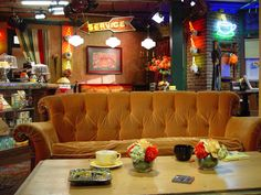 Central Perk- Great photo-op on the iconic couch! #friends