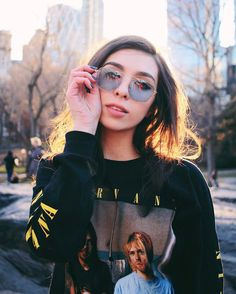 """Frida Becker no Instagram: """"golden hour at central park  #uoonyou"""""""