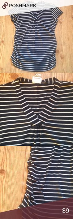 """Oh Baby by Motherhood large striped vneck shirt Oh Baby by Motherhood large striped vneck shirt. Black and white color. Stretchy material up the sides. 63% cotton and 37% modal. 22"""" from armpit to armpit but can stretch bigger. 15"""" armpit to bottom hem unstretched and 22"""" stretched. No trades, offers welcome! Oh Baby by Motherhood Tops Tees - Short Sleeve"""