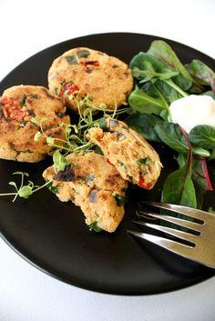 Vegan Flatbread Recipes, Baked Falafel, Fodmap, Oven Baked, Tandoori Chicken, Cauliflower, Delish, Curry, Paleo