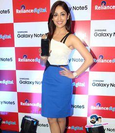 Yami Gautam Unveils Samsung Galaxy Note5 -- Yami Gautam Picture # 318369