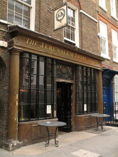 The Jerusalem Tavern in Britton Street EC1 was the pub of choice of Handel and William Hogarth. This pub stocks some of the best real ales in London.
