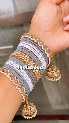 Bridal Jewellery Inspiration, Indian Bridal Jewelry Sets, Bridal Bangles, Fancy Jewellery, Stylish Jewelry, Gold Bangles Design, Donia, Jewelry Design Earrings, Hand Jewelry
