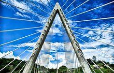 El Puente Atirantado de Naranjito