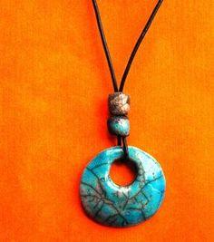 Colgante de cerámica Rakú. Azul. Tamañno 45 cm por CERAMICAHUMO www.ceramicahumo.jimdo.com https://www.facebook.com/cerhumo