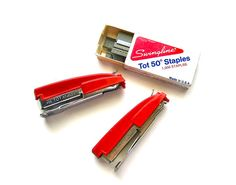 Oh! I loved these things. I still have --and use--mine. :D ...Vintage Red Swingline Tot Staplers
