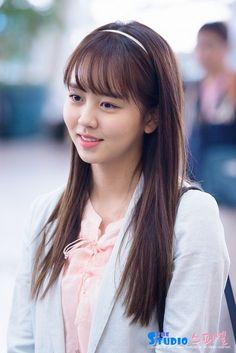 kim so hyun Korean Bangs Hairstyle, Hairstyles With Bangs, Korean Actresses, Korean Actors, Korean Beauty, Asian Beauty, Kim So Hyun Fashion, Korean Drama List, Kim So Eun