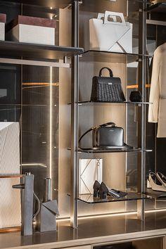 Luxury Walk-In Closet – Luxury Dale Wardrobe Room, Wardrobe Design Bedroom, Closet Bedroom, Shoe Closet, Walk In Closet Design, Closet Designs, Modegeschäft Design, Design Ideas, Diy Room Decor