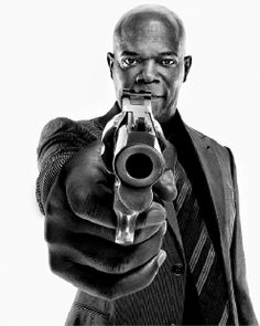 Jackson/ is one of the most versatile actor's in Hollywood and also, one smart dude. Foto Portrait, Portrait Photography, Black And White Portraits, Black And White Photography, Poses, Samuel Jackson, Photo Star, Cinema Tv, Celebrity Portraits