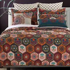 Boho Moroccan Quilt Set with Shams Geometric Pattern Medallion Mandala Earth Tones Brown Orange 100 Cotton Luxury Reversible 3 Piece King Size Print Bedding - Includes Bed Sheet Straps Hippie Room Decor, Boho Bedroom Decor, Moroccan Bedroom, Boho Duvet Cover, Duvet Cover Sets, Boho Bedding, Linen Bedding, Luxury Bedding, Modern Bedding
