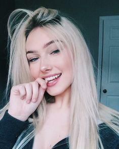 Sexy Hot Girls, Cute Girls, Blonde Beauty, Hair Beauty, Blonde Girl Selfie, Pretty Selfies, Selfie Poses, Most Beautiful Faces, Girls Selfies