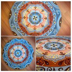 Arte em Mandala feitas por encomenda. Mandalas Design por Juliana Figueira. Contato: julianafigueirasouza@gmail.com https://www.facebook.com/sattwamandalasdesign http://julianafigueira.wix.com/sattwa-mandalas