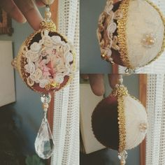 Borla navideña estilo victoriano.  Confeccionada en encaje y terciopelo,  perlas cocidas a mano.  Diseño exclusivo de Azúcar, Hogar y Diseño
