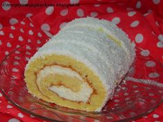 Coconut roll (in slovak) Kokosová roláda Mexican Food Recipes, Sweet Recipes, Ethnic Recipes, Czech Desserts, Y Recipe, European Dishes, Czech Recipes, Healthy Deserts, Pastry Shop