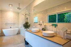 Shadi & John Kennedy Corner Bathtub, How To Find Out, John Kennedy, Cool Stuff, Bathroom, Competition, Lamps, Drop, Fan