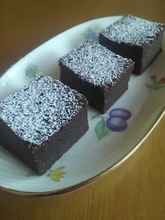 超簡単しっとり濃厚チョコケーキ Sweets Recipes, Wine Recipes, Cooking Recipes, Desserts, Don Perignon, Super Moist Chocolate Cake, Sem Lactose, Sweets Cake, Love Eat