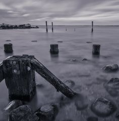 Create Your Own Ten-Stop Neutral Density Filter for B&W Long Exposures
