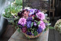 フラワーアレンジメント/ダリア/トルコキキョウ/花どうらく/花屋/http://www.hanadouraku.com/flower arrengement/