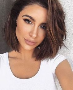 Frisuren 18 popular short brunette hairstyles Short hairstyles 2017 - 2018 Still another option for Popular Short Hairstyles, Short Bob Hairstyles, Bob Hairstyles Brunette, Brunette Bob Haircut, Latest Hairstyles, Asian Hairstyles, Hairstyle Short, Undercut Hairstyles, Trending Hairstyles