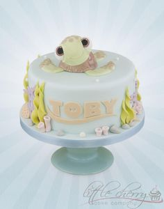 Squirt from Finding Nemo Cake