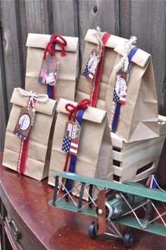 Hostess with the Mostess® - of July party_ possible party favor bags for kiddos 4th Of July Celebration, 4th Of July Party, Fourth Of July, July Crafts, Holiday Crafts, Holiday Fun, Patriotic Party, Patriotic Decorations, Party Favor Bags