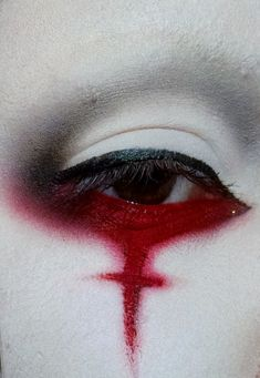 Red Rosso Rouge Rojo Rød 赤 Vermelho Color Colour Texture Form Pattern Style Goth Makeup, Dark Makeup, Sfx Makeup, Cosplay Makeup, Costume Makeup, Makeup Inspo, Makeup Art, Makeup Inspiration, Beauty Makeup